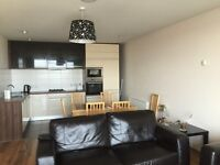 Large double room available for rent in Titanic quarter (3months)