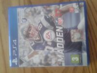 Madden 17 NFL PS4 like new