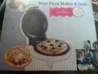 Mini pizza maker & grill