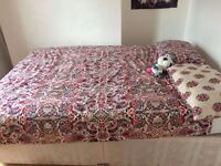 Single room close to the level, london road, open market