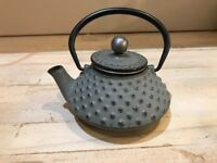 6 Japanese style cast GREY TEAPOT