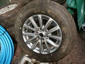 Mitsubishi L200 wheel and tyre