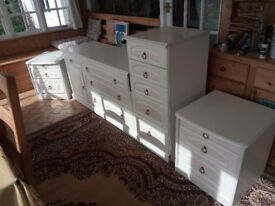 Bedroom chest of drawers set and bed side cabinet