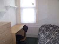 Lovely Single Room for Single Professional All Bills & Council Tax included.CATFORD SE62AB ZONE 2/3