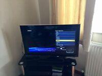 Panasonic 32 inch lcd viera TX-L32E5B Television