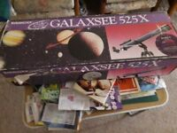 Galaxsee525x telescope good as new still in box with tripod
