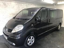 AUTOMATIC Renault Traffic Crew Cab. Immaculate condition.