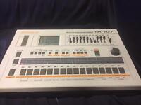 Roland TR 707 with original manual