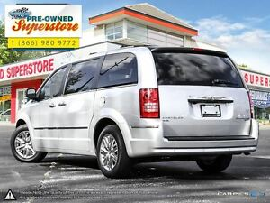 2010 Chrysler Town & Country >>>Limited w/NAV & 4.0L<<< Windsor Region Ontario image 4