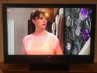 "42"" Sony lcd hd tv with hd freeview usb hdmi's remote no problems with it good condition"