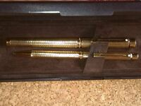 Rolled Gold Sheaffer Targa Pen And Ball Point Set In Presentation Box