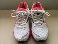 Reebok Trainers Size 6, Hardly Worn