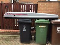 Large car roof box locking with two keys and fixings