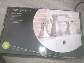 New bath and sink taps