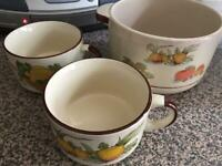 Serving bowl and soup cups