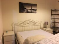 Double Bedroom to rent in Glasgow West End flat
