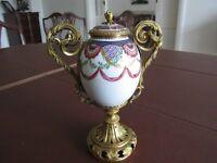 fine antique gold potttery vase