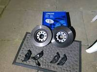 FRONT DISC AND PADS VW GOLF MK5