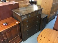 BEAUTIFUL DARK WOOD CHEST OF DRAWERS (DELIVERY AVAILBLE)