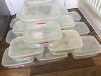 20 PLASTIC FOOD CONTAINERS BRAND NEW SEALED EACH ARE 4.2 LITRE