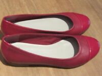 CLARKS - red flat shoes
