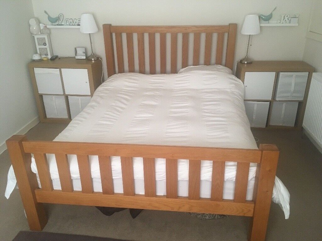 Heavy oak king bed stead