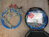Thule Snow chains - used once! Sizes in pictures.