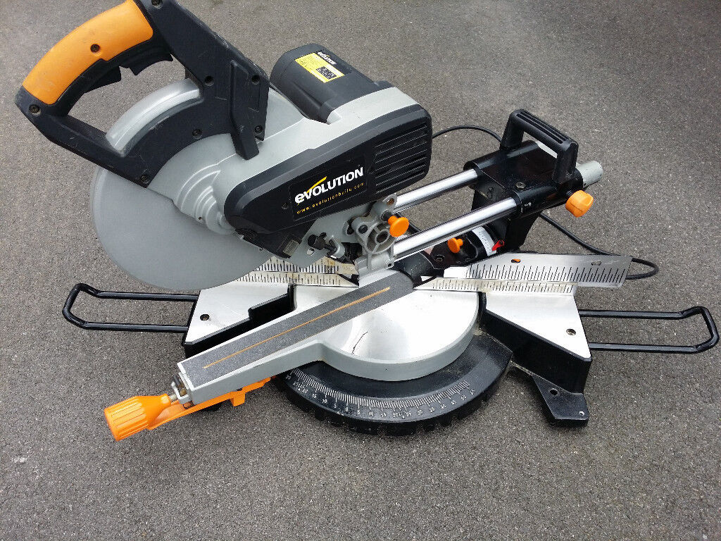 230 V slide out, double bevel chopsaw mitre