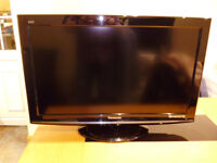 Panasonic Viera 32 inch Full HD 1080p LCD Freeview TV