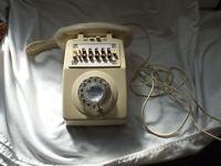 Rare ivory GPO multi-button telephone
