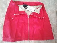 Lynnes Red Skirt