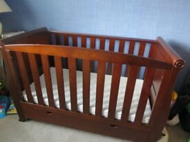 KIDDICARE WOODHOUSE SLEIGH WALNUT COTBED AND MATTRESS