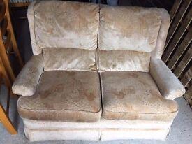 2 seatet sofa