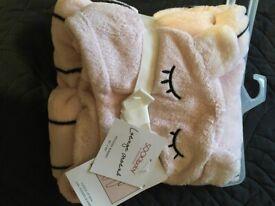 Pink hooded fluffy blanket
