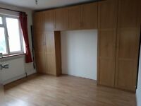 Large Double Room Fully furnished and fully refurbished including bills £550 in Rayners Lane