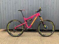 Santa Cruz Bronson CC V2 Large - Full Suspension Carbon Fibre Mountain Bike - High Spec