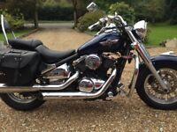 Kawasaki VN800 classic cruiser motorbike