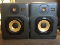 Krk 7000b passive monitors choice studio speakers of Spike Stent, Cenzo, Moulder