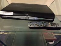 SKY HD Box + Remote