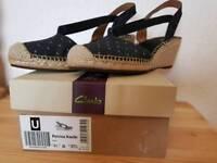 Size 3 1/2 Clarks Petrina Kaelie Ladies Sandals