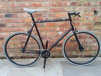 Specialized Globe Roll Fixie / Single speed Bike