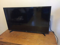 SAMSUNG 40 INCH TV 6 MONTH OLD EXCELLENT CONDITION £160
