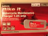 Motorcycle Battery Charger / Tender