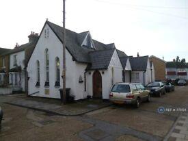 2 bedroom flat in Chapel Court, West Wickham, BR4 (2 bed) (#775154)
