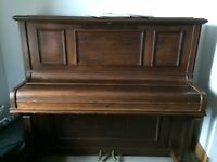 Tower upright piano