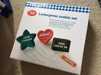 Letterpress cookie set