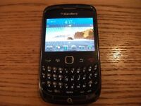 BLACKBERRY CURVE 9300 ON O2 NETWORK IN EXCELLENT CONDITION BARGAIN £10