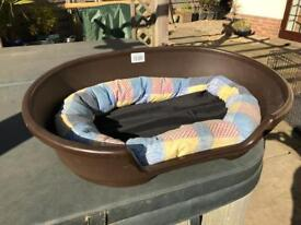 Dog bed with lining.