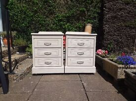 A pair of matching bedside cabinets. Light ash effect