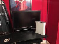 """SONY BRAVIA 32"""" TV with XBOX 360"""
